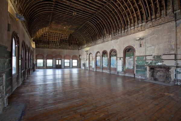 The Old Waiting Room at Peckham Rye Station