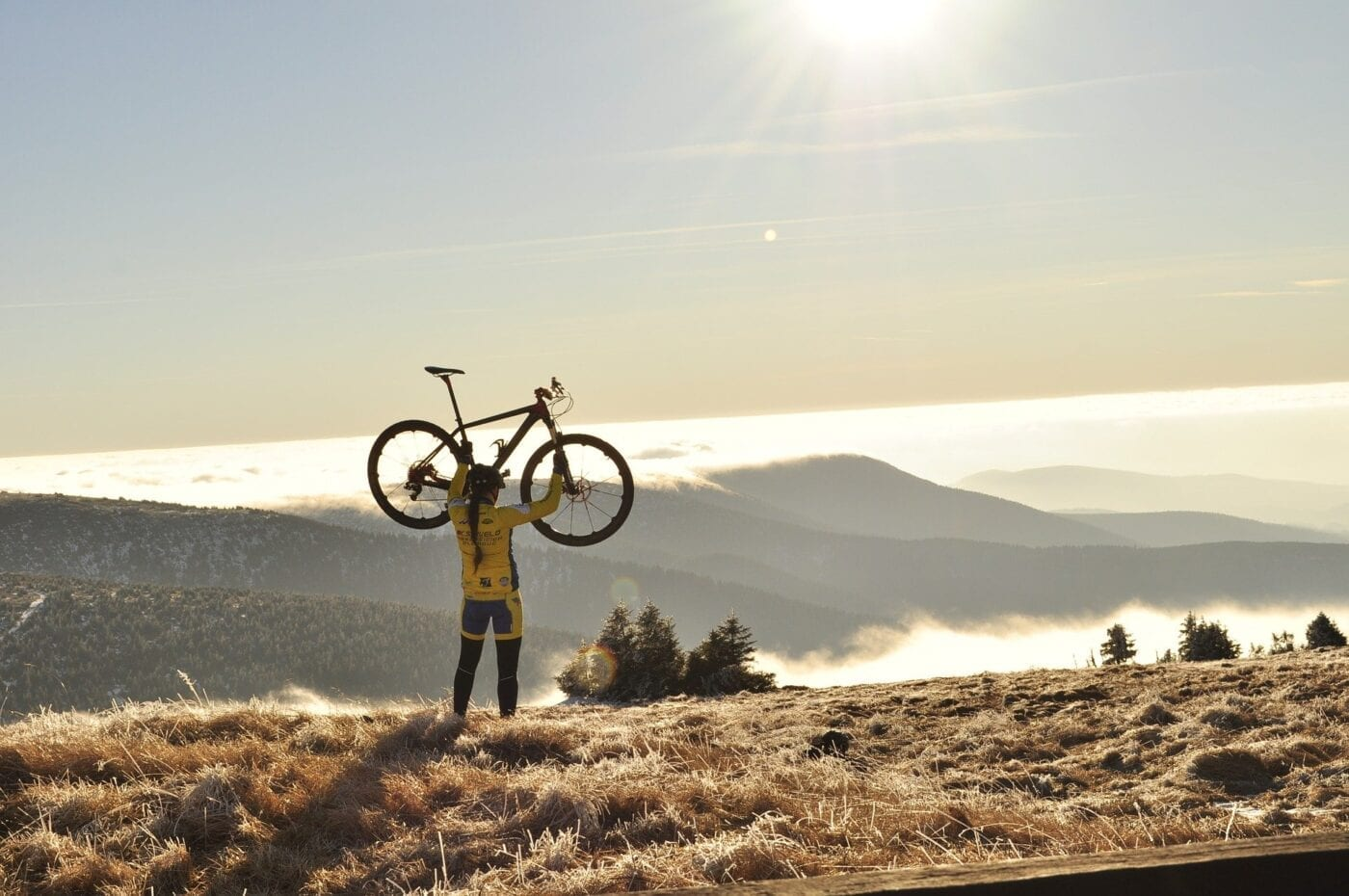 Cycling. Sustainable Living.